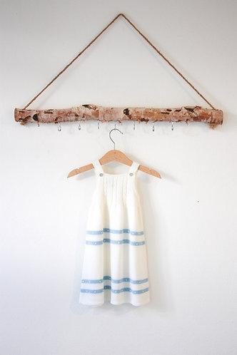 Cream Baby wool long dress blue spots/ Cueiro bebe lã per bolas blue