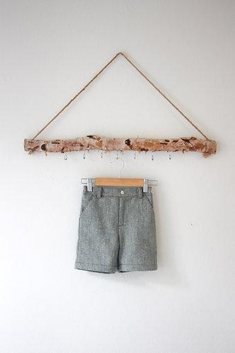 Green shorts /Calções de cintura verdes