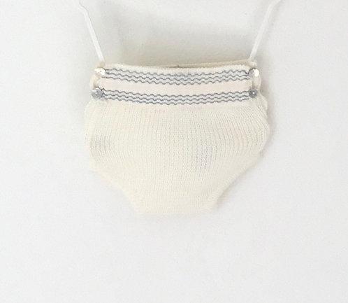 Embroidery grey nappy cover / tapa fraldas com bordado cinzento