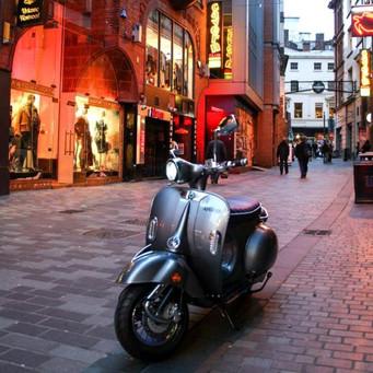 artisan-escooter-delivery-uk-to-door__m.