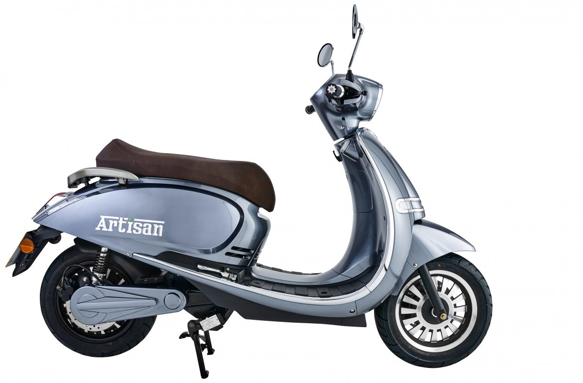 EVC-scooter-200816.jpg