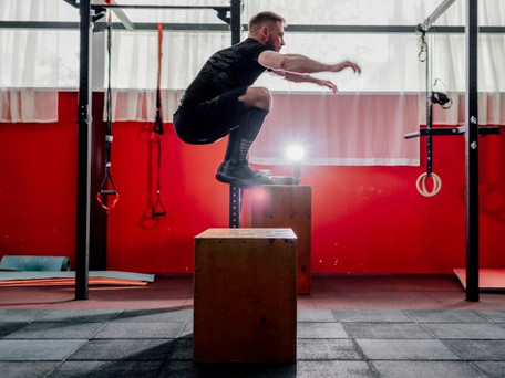 Los 7 mejores ejercicios para aumentar tu salto vertical.