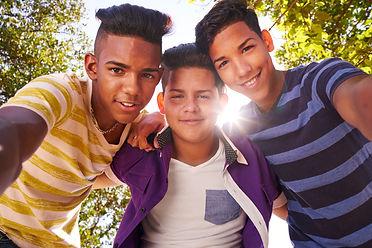 multiethnic-group-of-teenagers-embracing