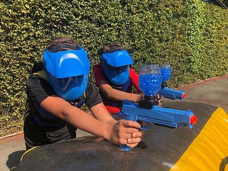 2 players Blue.jpg