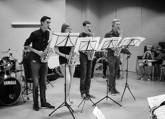 Seizoensafsluiting saxofoonleerlingen Jules van de Loo