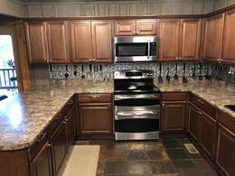 main-cabin-kitchen-2.jpg