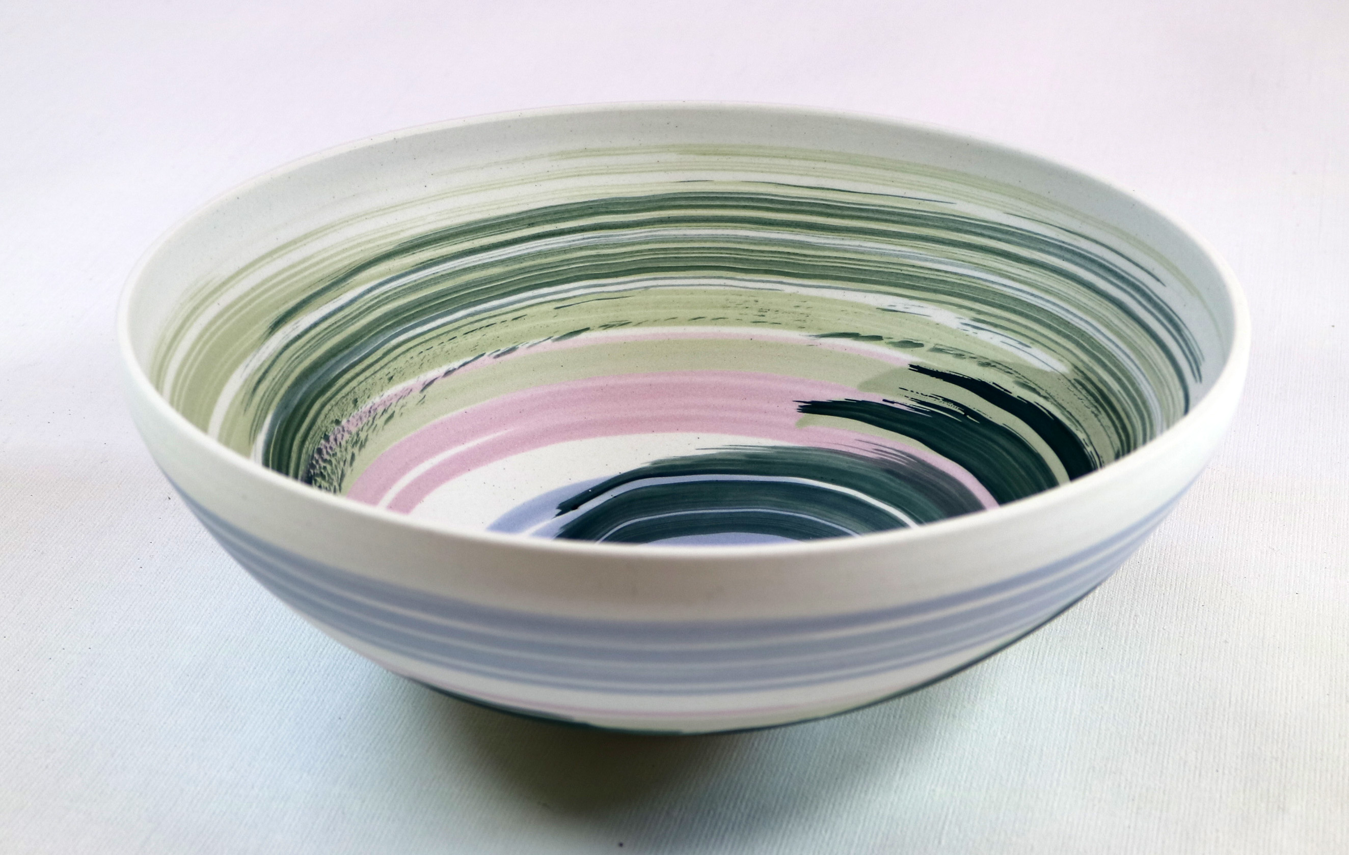 porcelain vessel, soluble salt colours