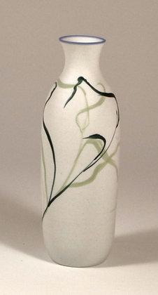 5589 - Porcelain vase