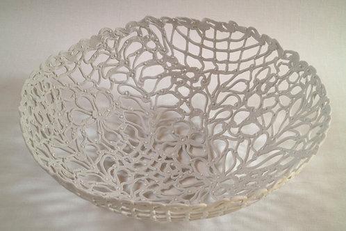 5715 - Porcelain basket