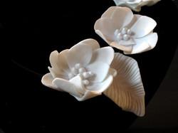 detail flowernecklace
