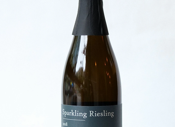 Redtail Vineyards Sparkling Riesling