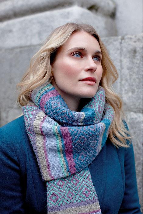 eliot scarf 3.jpg