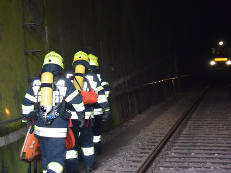 Tunnelübung am Bahnhof Laßnitzhöhe