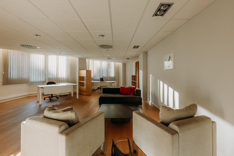 Charlotte Deckers Photography   Interior Photographer   IMMO Apartment Office