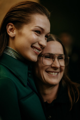 Charlotte Deckers Photography | FashionWeek Paris AW20 Fashion Backstage Lacoste Bella Haddid & Louise Trotter