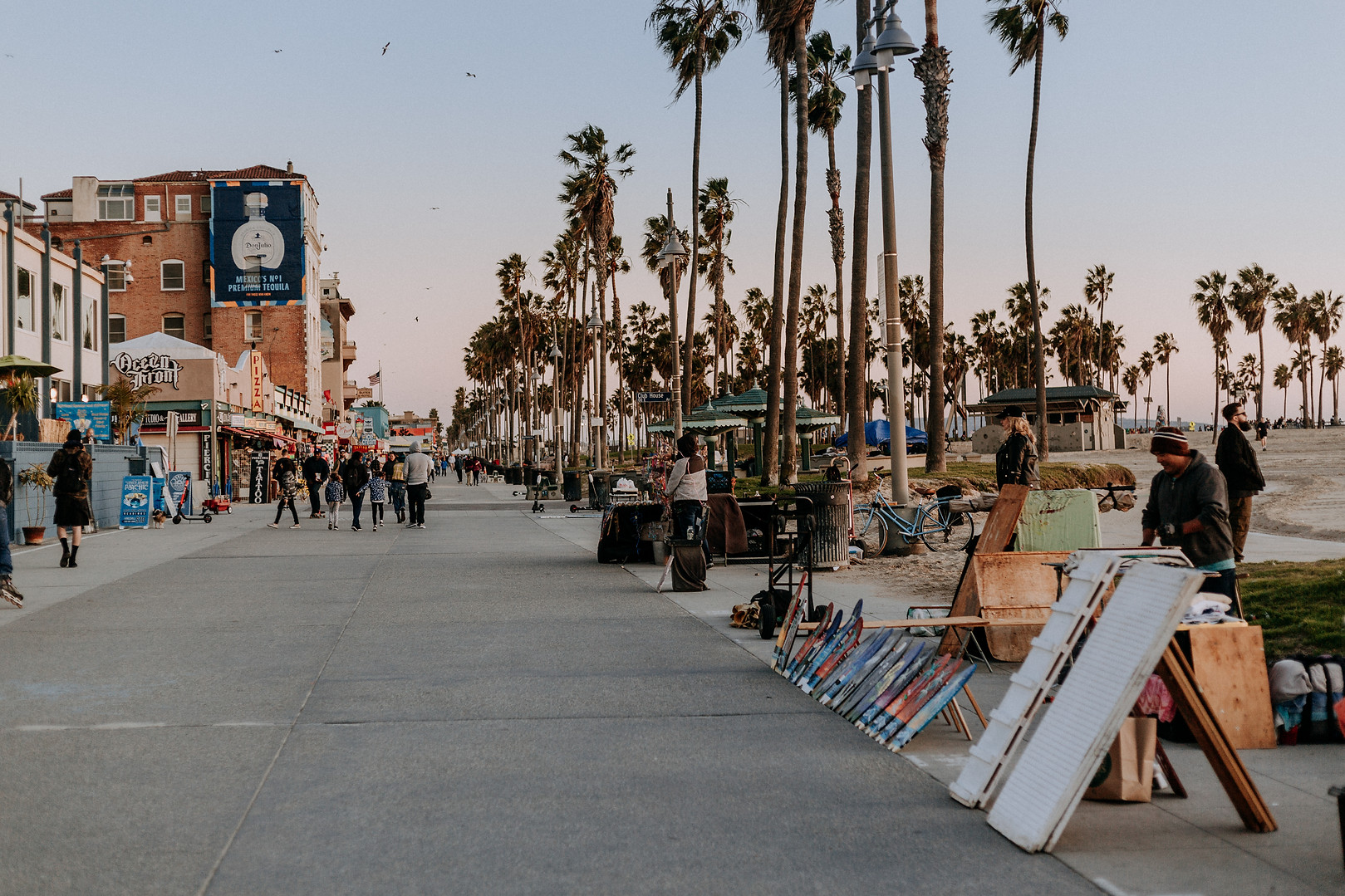 Charlotte Deckers Photography | Travel Photo Los Angeles | Venice Beach Artists Boardwalk