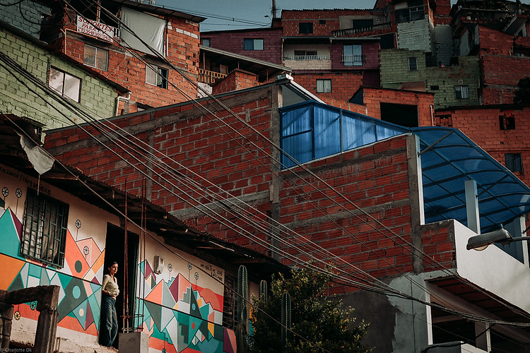 Charlotte Deckers Photography | Travel Photo Medellin | Houses Comuna13
