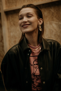 Charlotte Deckers Photography | FashionWeek Paris AW20 Fashion Backstage Bella Haddid