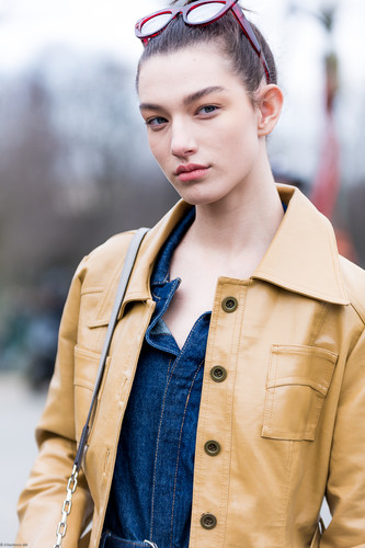 Charlotte Deckers Photography | FashionWeek Paris SS18 Fashion Streetstyle Model ChanelMc Kennahellam