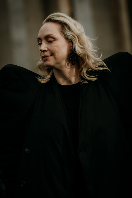 Charlotte Deckers Photography   FashionWeek Paris AW20 Fashion Streetstyle Gwendoline Christie