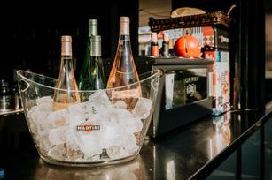 Charlotte Deckers Photography | Hotel Photographer | Bar Drinks
