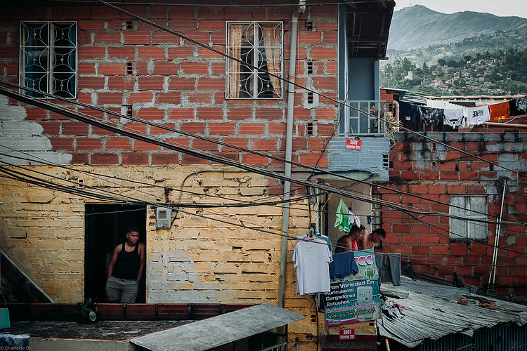 Charlotte Deckers Photography | Travel Photo Medellin | Comuna13