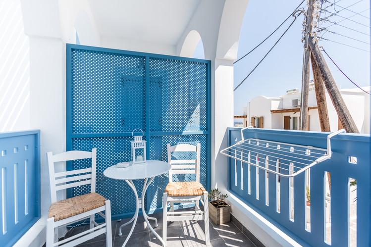 Charlotte Deckers Photography   Hotel Photographer   Balcony