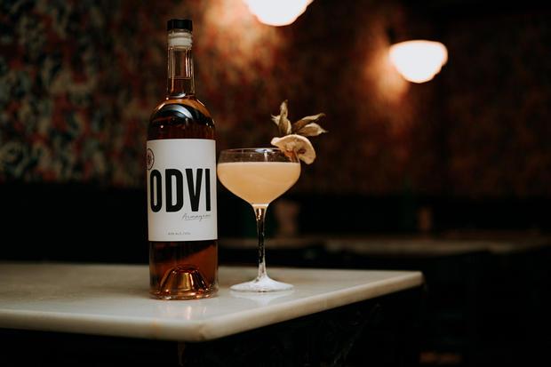 Charlotte Deckers Photography | Bar Photographer | ODVI Armagnac