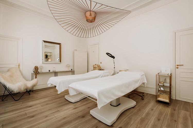 Charlotte Deckers Photography   Interior Photographer   IMMO Cabine Beauty Salon Massage