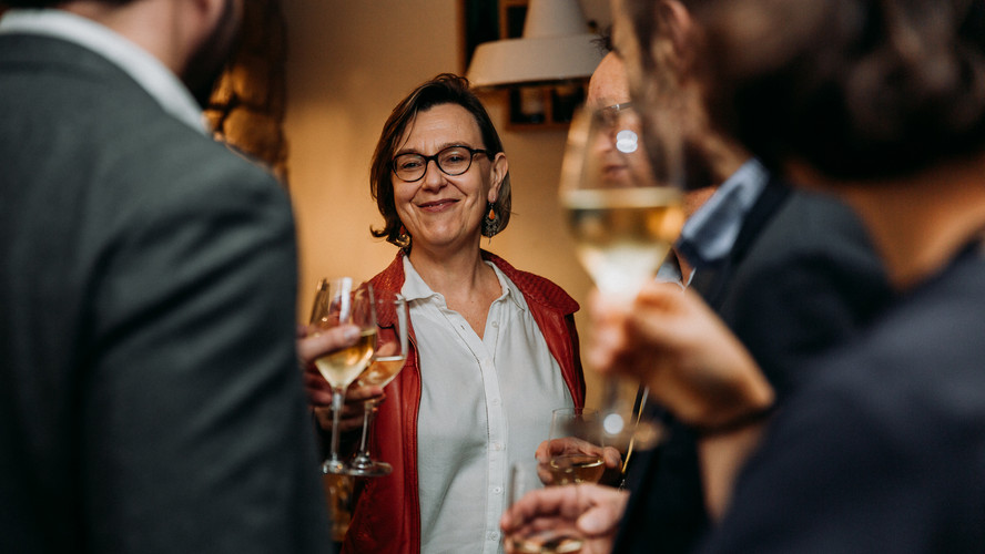Charlotte Deckers Photography | Event Photographer | Networking Event BPI Glasses Wine