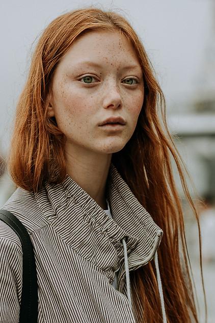 Charlotte Deckers Photography   FashionWeek NewYork SS19 Fashion Streetstyle Model Walldamort