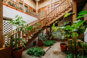 Charlotte Deckers Photography | Hotel Photographer | Stairs