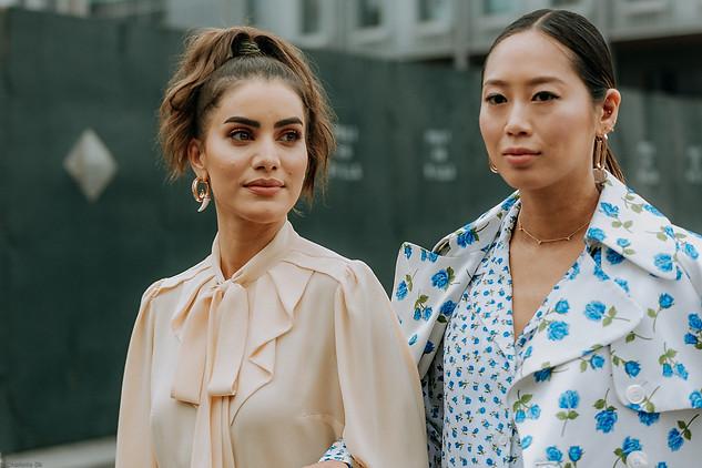 Charlotte Deckers Photography   FashionWeek NewYork SS19 Fashion Streetstyle Camilla Coehlo & Aimee Song