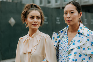 Charlotte Deckers Photography | FashionWeek NewYork SS19 Fashion Streetstyle Camilla Coehlo & Aimee Song