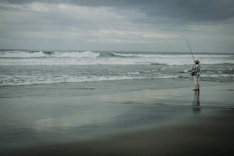 Charlotte Deckers Photography | Travel Photo Bali | Fisherman