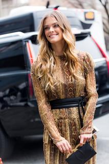 Charlotte Deckers Photography | FashionWeek NewYork AW19 Fashion Streetstyle Nina Agdal