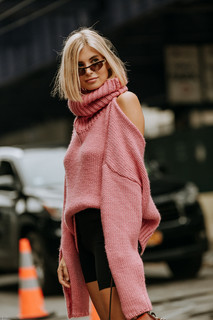 Charlotte Deckers Photography | FashionWeek NewYork SS19 Fashion Streetstyle Xenia Adonts