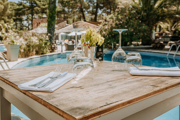Charlotte Deckers Photography | Hotel Photographer | Exterior Restaurant
