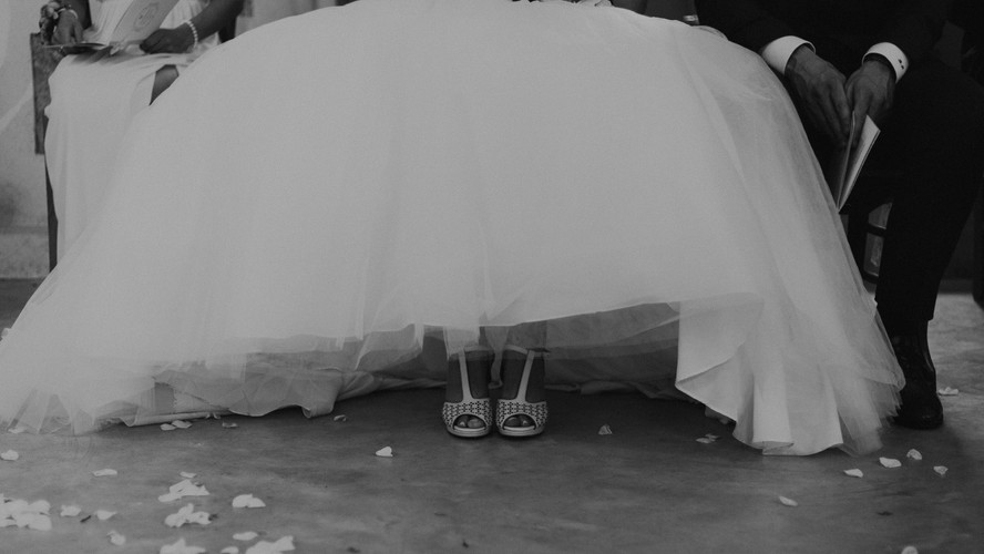 Charlotte Deckers Photography | Wedding Photographer | Bridal Dress and Shoes