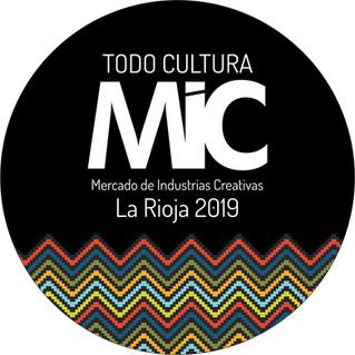 Mercado de Industrias Creativas en el Paseo Cultural