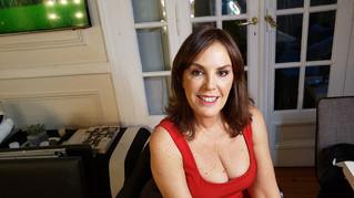 """Alejandra Lazcoz: """"El disco Cantoras.Ar es para visibilizar a las mujeres"""""""