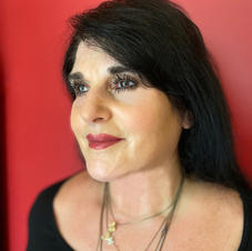 Maureen Mancini Amaturo