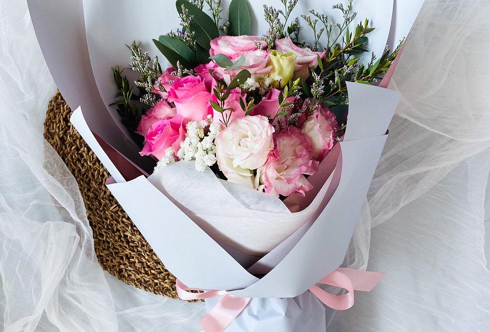 Dots of love - Fresh Flowers