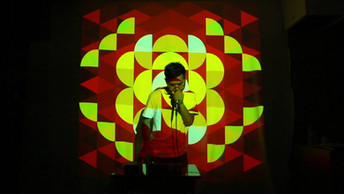 ヒューマンビートボックス AFRAさんとRDFのコラボレーションライブ。映像はWEFABRIKによるものです。