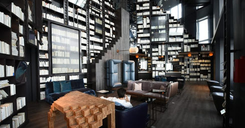 nouveaux bureaux versailles salle de march s priv e change de devises transferts d 39 argent. Black Bedroom Furniture Sets. Home Design Ideas