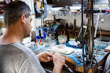 Ilan Amir at work