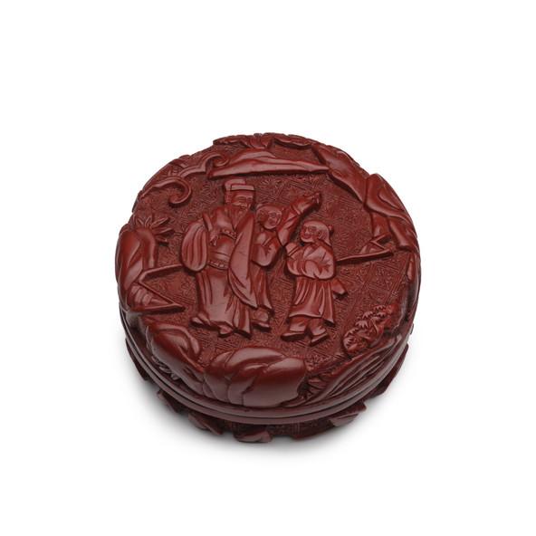 LACQUER BOX, 16TH CENTURY
