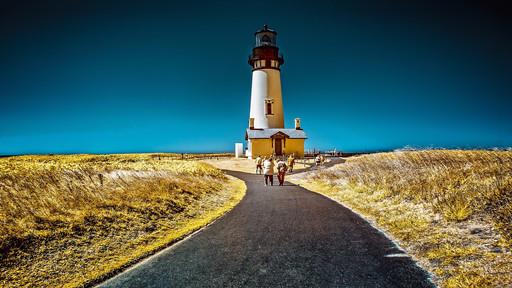 Fong Lien - Light House, Newport, Oregon