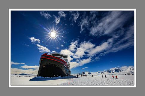 南極破冰 - Benjamin Yang