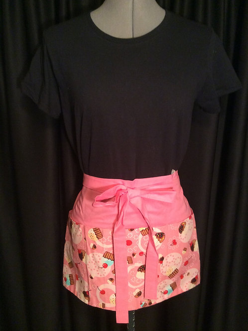 Crafters Apron-Pink Cupckaes